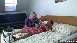 Horny Penny Pax Cums trên khuôn mặt của Anna Deville trong phim xx hd bồn tắm nóng!