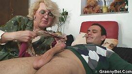 Brunette Babe nhận âm đạo fucked và được nóng ở mặt phim xx les